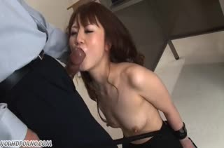 Муж сажает жену на поводок и устраивает БДСМ порно