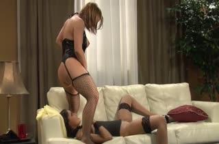 Красотки Katja Kassin и Skin Diamond играют в БДСМ порно