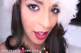 Vienna Black в восторге от любительской новогодней порнушки