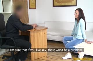 Чика резво разделать на порно кастинге и начала стараться
