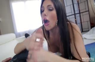 Грудастая красотка Jaclyn Taylor быстро охмурила соседа на порно